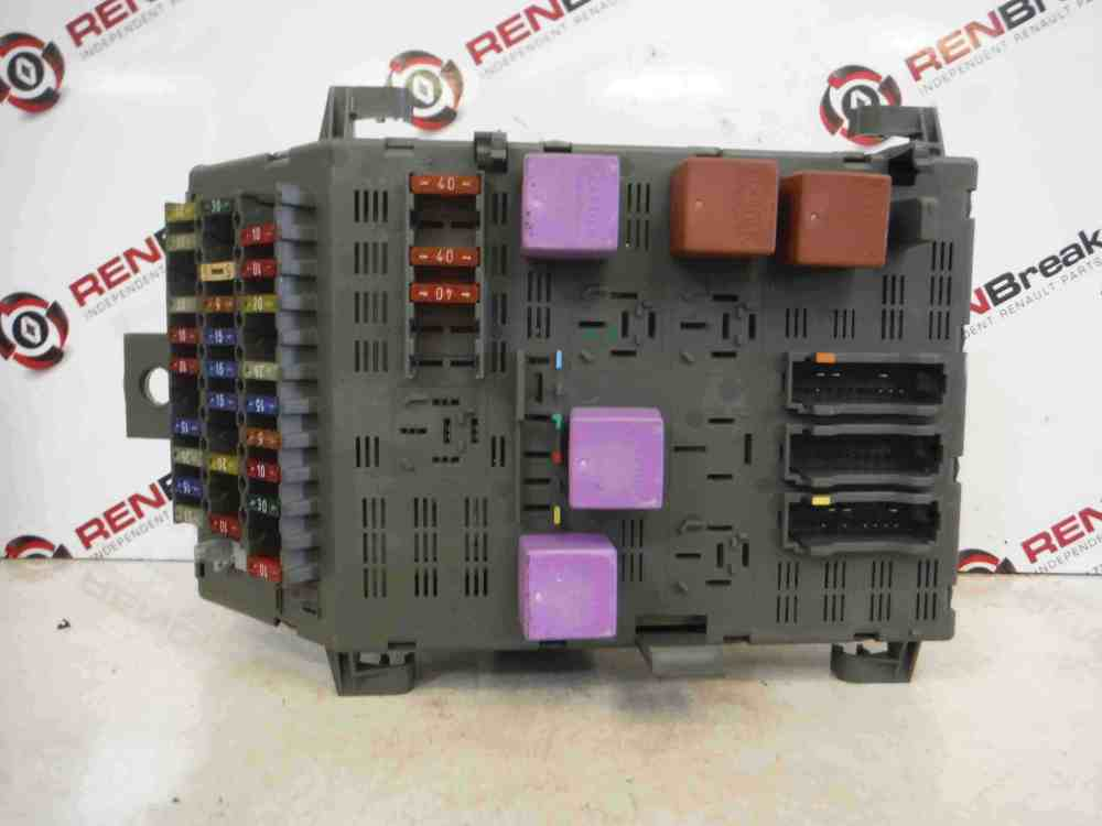 medium resolution of renault laguna 1993 1999 2 0 16v fuse box store renault laguna 3 fuse box diagram