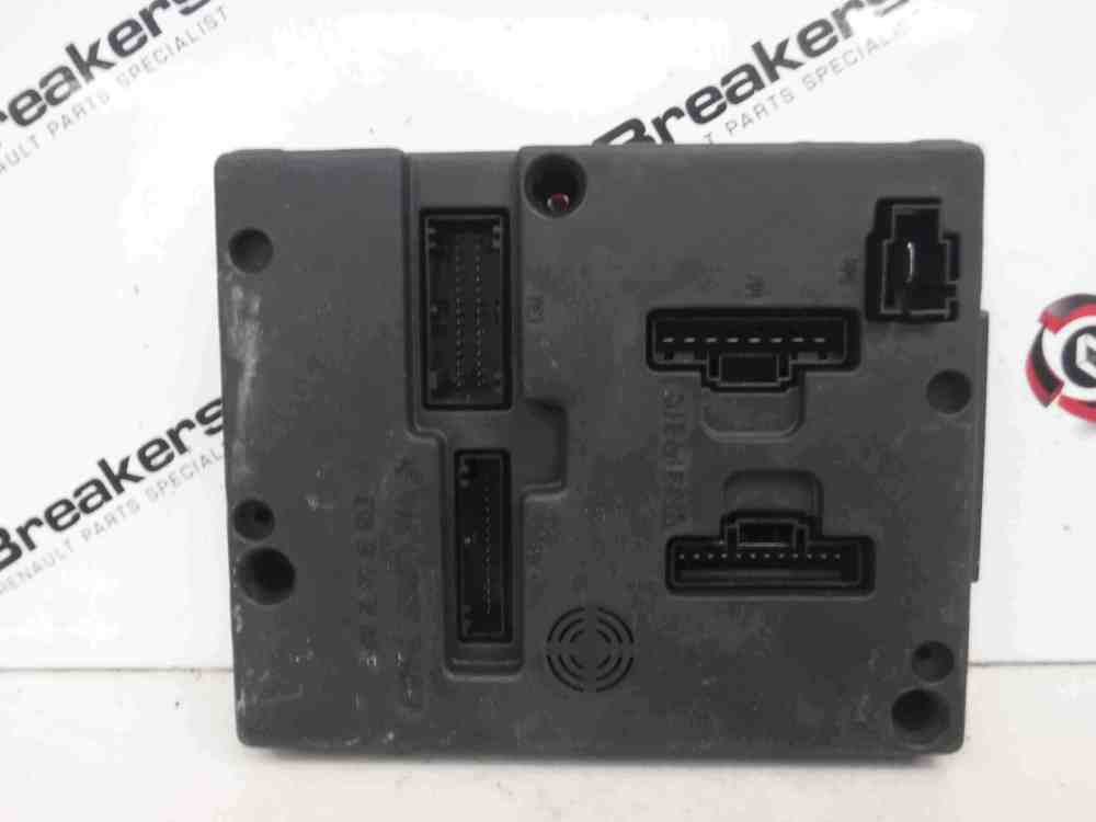 medium resolution of megane fuse box wiring libraryrenault megane 2002 2008 dashboard uch bcm fuse box store renault breakers