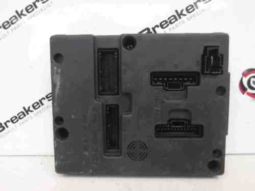 small resolution of megane fuse box wiring libraryrenault megane 2002 2008 dashboard uch bcm fuse box store renault breakers