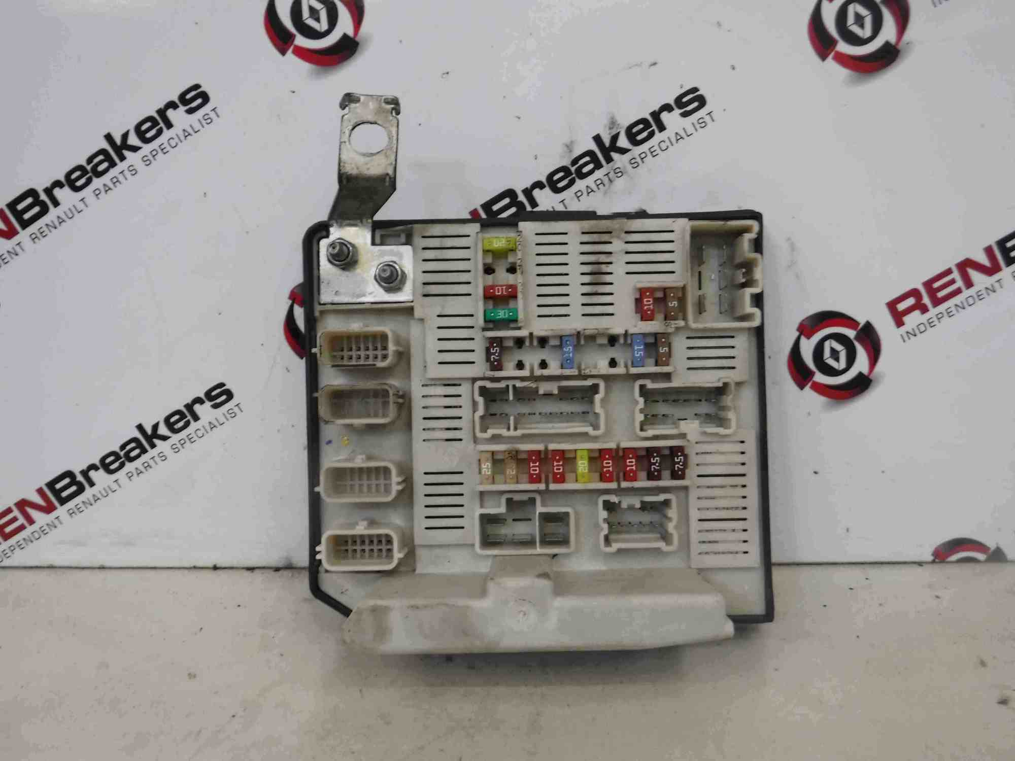 hight resolution of renault megane 2002 2008 engine fuse box upc unit 8200481867