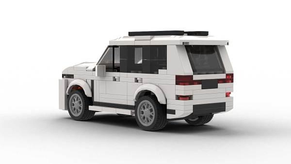 LEGO BMW X7 model rear view