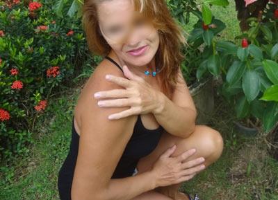 rencontre discrete femme entre coqun