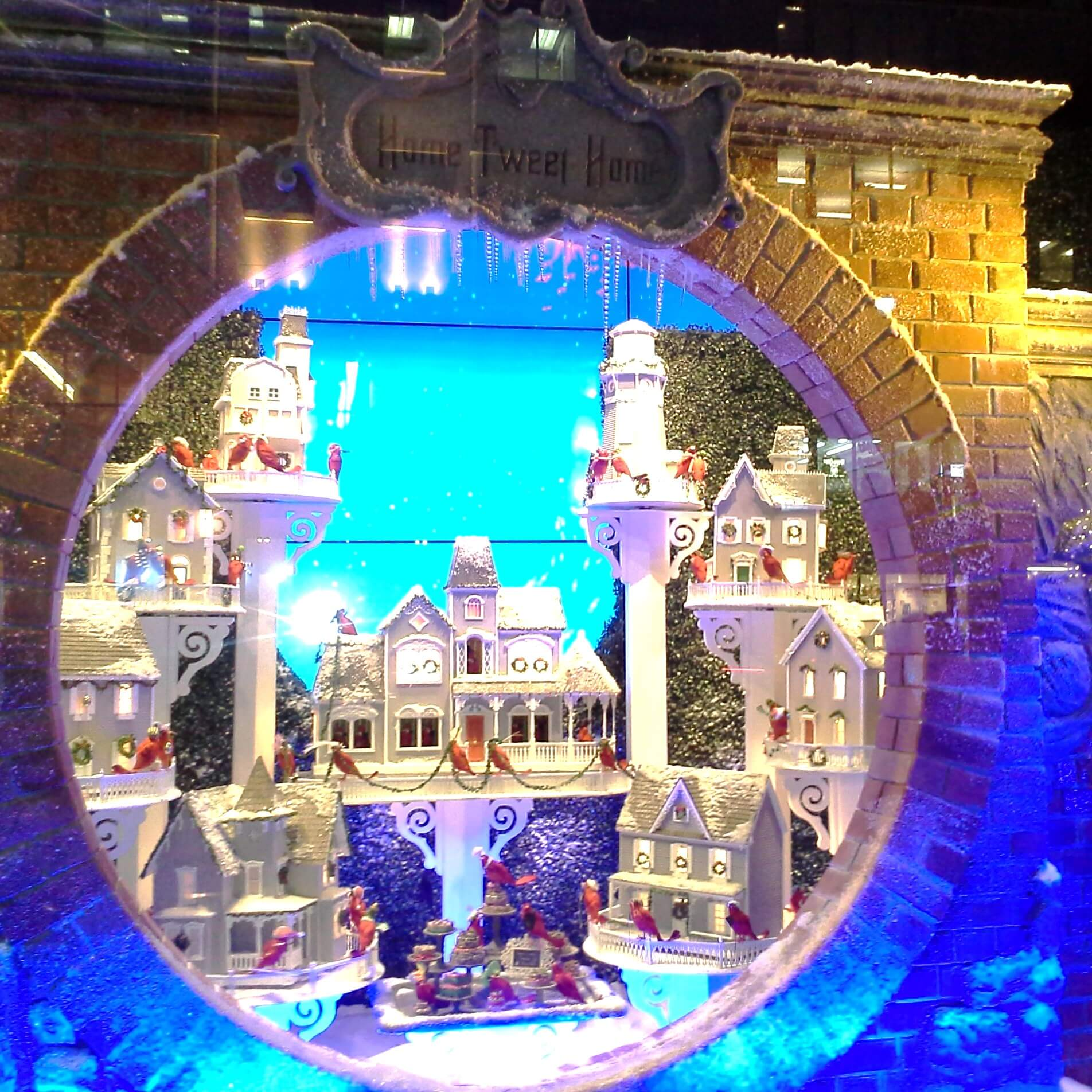 Lord and Taylor holiday window, Home Tweet Home