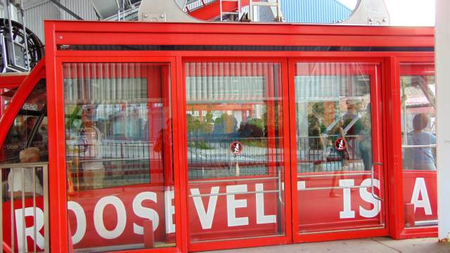 Roosevelt Island Tram www.RendezvousEnNY.com