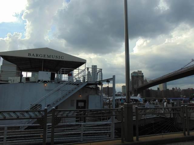 Bargemusic in NYC , Rendezvous En New York