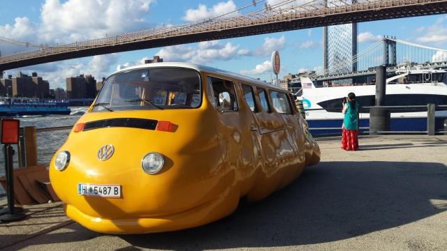 Hot Dog Bus At Brooklyn Bridge park in NYC