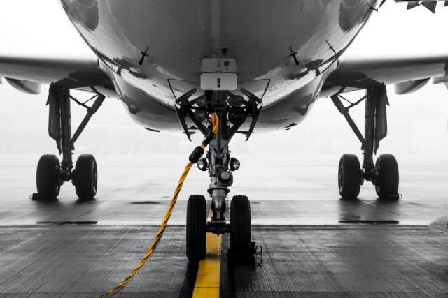 landing gear of a plane, effects of travel