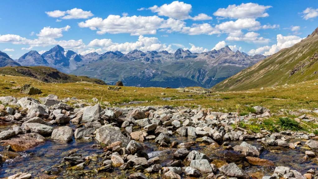 Die Oberengadiner Berge, links von der Bildmitte der Piz Nair