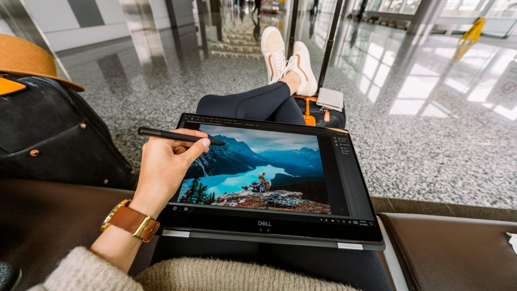 Best Laptop for Photo Editing & Travel Blogging Renee Roaming