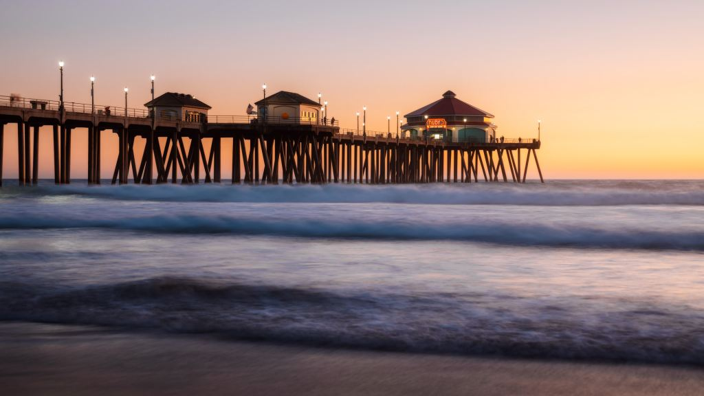 Orange County Travel Guide Everything You Need to Know- Huntington Beach