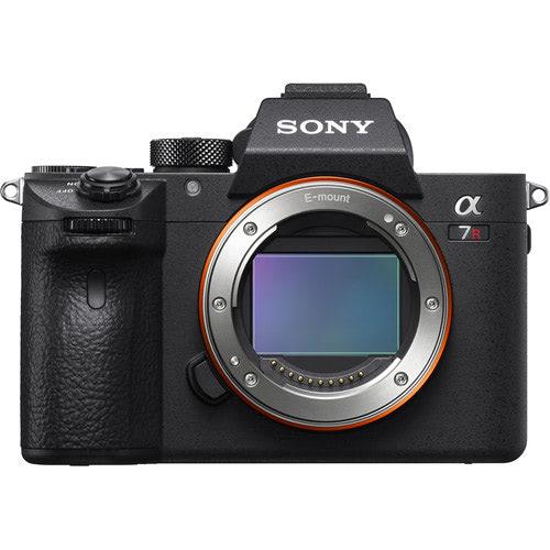 Sony a7RIII Camera Body - What's In My Camera Bag - Renee Roaming