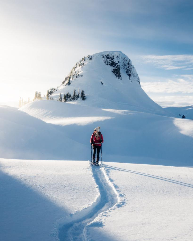 Snowshoe to Artist Point - Hiking Trail