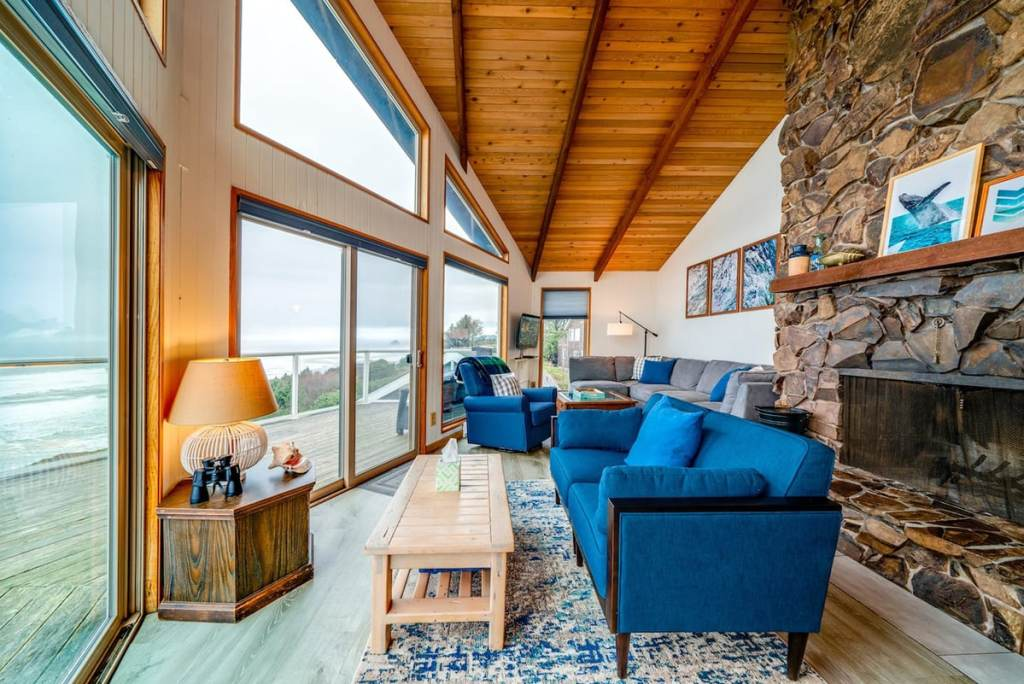 Cabin To Rent On Oregon Coast - Pacific Overlook Cabin