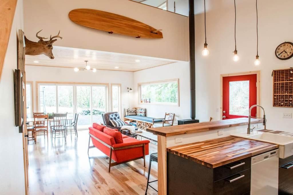 Oregon Cabin to Rent in Seaside - Nehalem River Cabin Oregon
