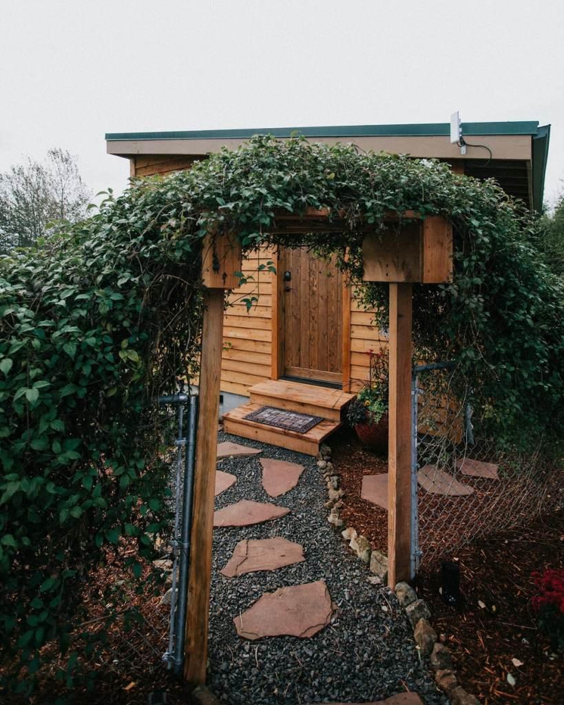 Oregon Cabins to Rent near Mt Hood - Mt Hood Tiny House