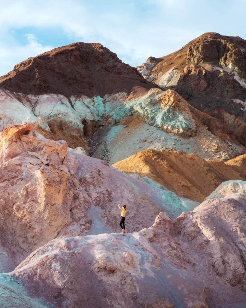 Ultimate Guide to Death Valley National Park - Visiting Artist Palette