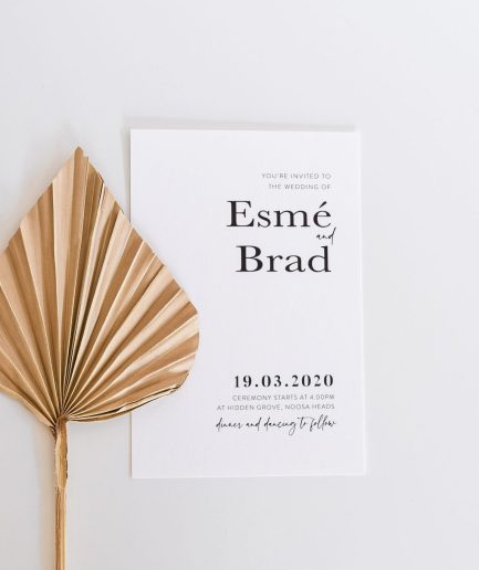 Modern-minimalist-white-wedding-invitation