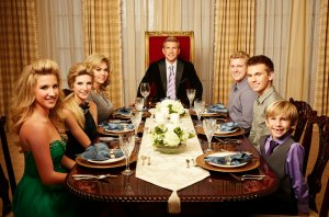 Chrisley Knows Best Cancelled Or Renewed For Season 4?