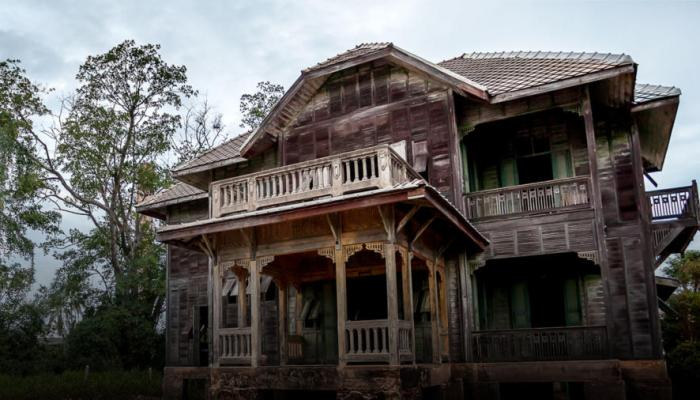 Zombie House Flipping Season 3 On FYI: Cancelled or Renewed Status