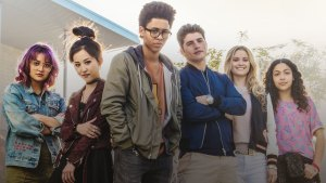 Marvel's Runaways Cancelled or Renewed For Season 2? (Release Date)