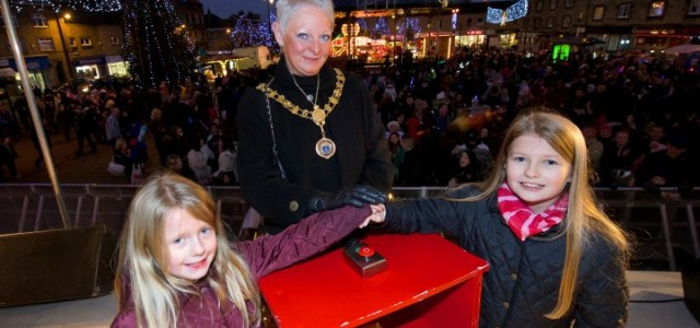 Johnstone Christmas Lights Switch-on 2016