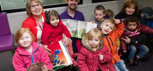 Renfrewshire tots get on board PlayTalkRead bus