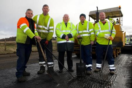 Roads maintenance - Kilmacolm Road, Houston