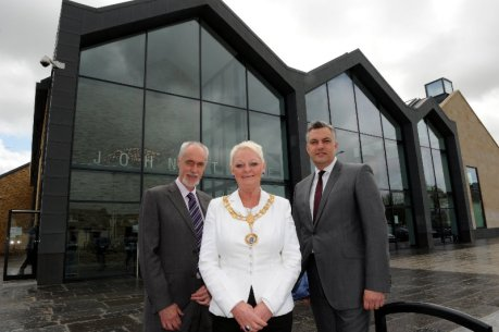 Johnstone Town Hall official opening hugh Henry MSP, Provost Anne Hall, Cllr Mark Macmillan