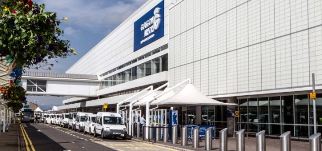 "Glasgow Airport has been awarded the UK ""Airport of the year"" title"