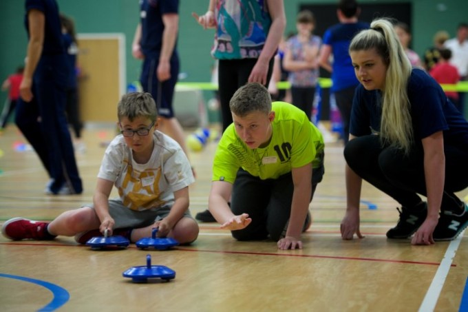 Kids try out curling at Renfrewshire Games