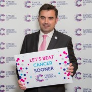 Local MP pledges support to help Cancer Research UK