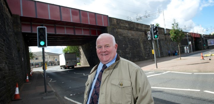 Facelift for Weir Street and Incle Street rail bridges