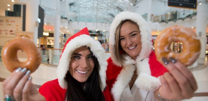 Santa's free doughnuts feast at mall's Christmas lights switch on
