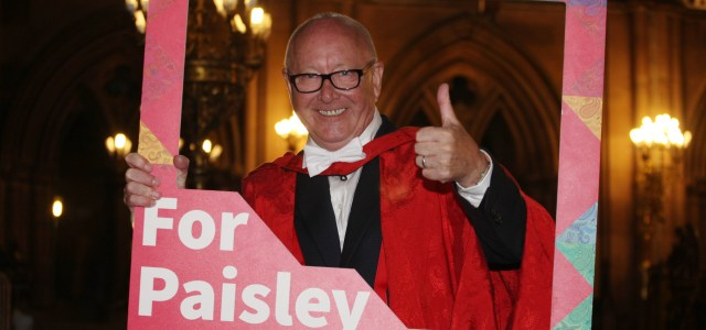 'Godfather of hairdressing' backs Paisley 2021 bid