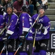 Clan ends four game losing streak with a 5-3 win over Edinburgh Capitals