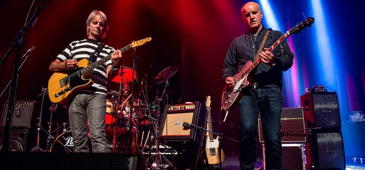 Popular television director Ed Bazalgette to bring his band The Vapors to Paisley