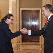 Renfrewshire scholarship winner receives award at international royal ceremony – and meets the King of Spain