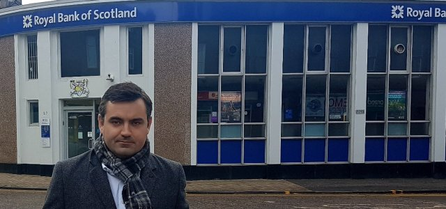MP urges Westminster Government to save Renfrew RBS branch