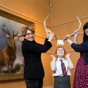 School pupils get a sneak preview of iconic Monarch of the Glen painting
