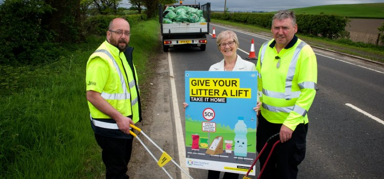 Renfrewshire Council backs Week of Action on Roadside Litter