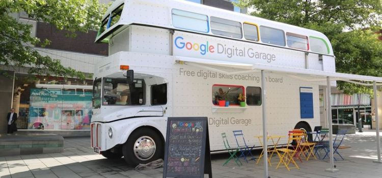 Google Digital Garage to visit Johnstone Town Centre later this month