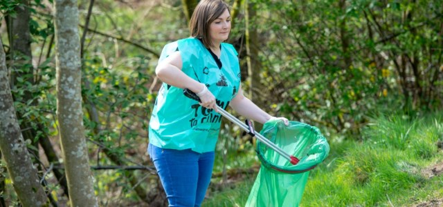 Help keep the country looking tidy after drive thru restaurants reopen pleas councillor