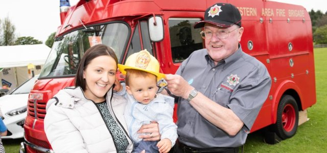 Thousands turn out for Barshaw Park Gala Day