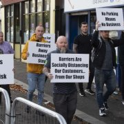 Glasgow Road business owners call for Renfrewshire Council to remove social distancing barriers