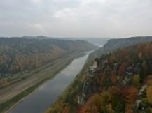 Elbe von der Basteibrücke