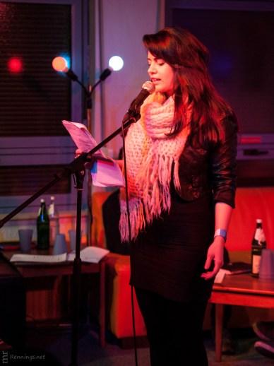 Sarah Latza, CaféSATZ Poetry Slam, C@fe-42, 21. Dez. 2012