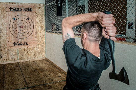 bad axe throwing with