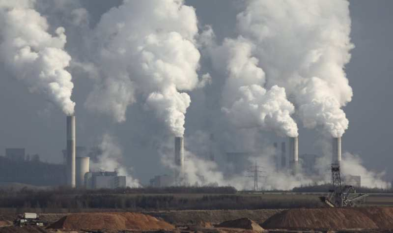 Empresas que consumen multitud de combustibles fósiles