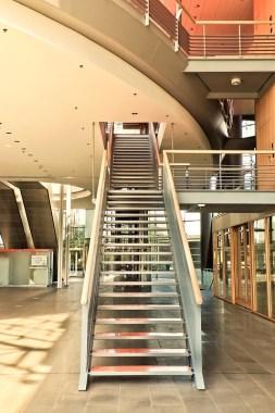 Comment choisir son escalier parmi les différents matériaux et formes possibles?