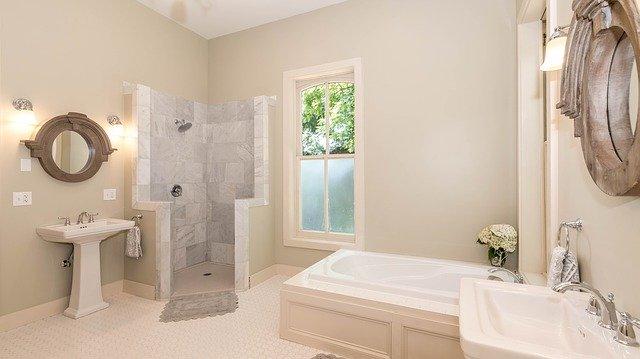 La douche italienne: une douche inspirée des bains romains